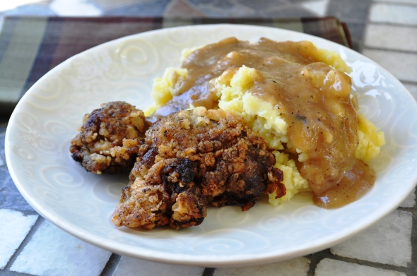 Fried Chicken Livers Amp Smashed Potatoes With Pan Gravy