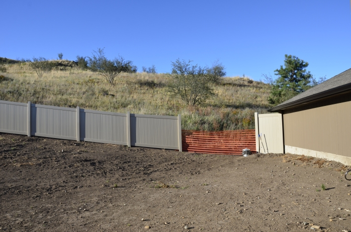 We went with a 5 foot fence on this side of the house as no building will be permitted their either.